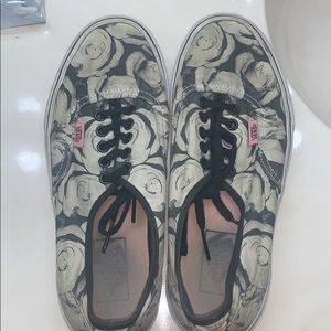 Trashed rose vans